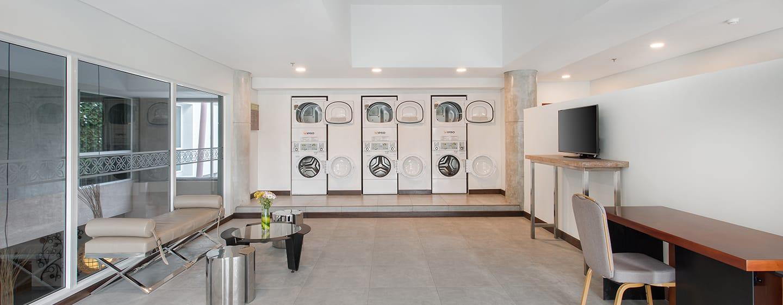 บริการเครื่องซักผ้าหยอดเหรียญ 24 ชั่วโมง