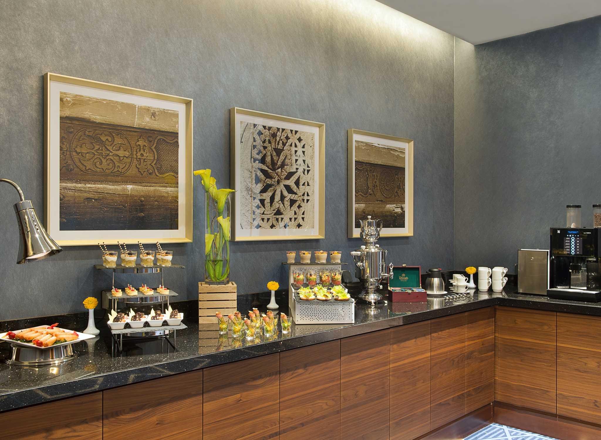 Hotels in Dubai – Hilton Garden Inn Dubai Al Mina