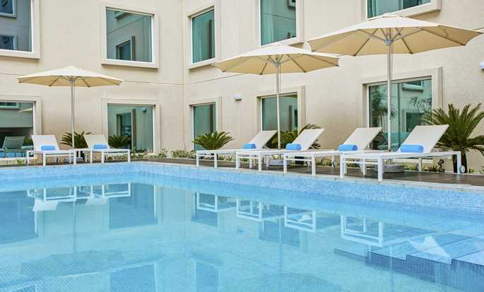 Hôtel Hilton Garden Inn Dubai Mall Of The Emirates - Piscine extérieure