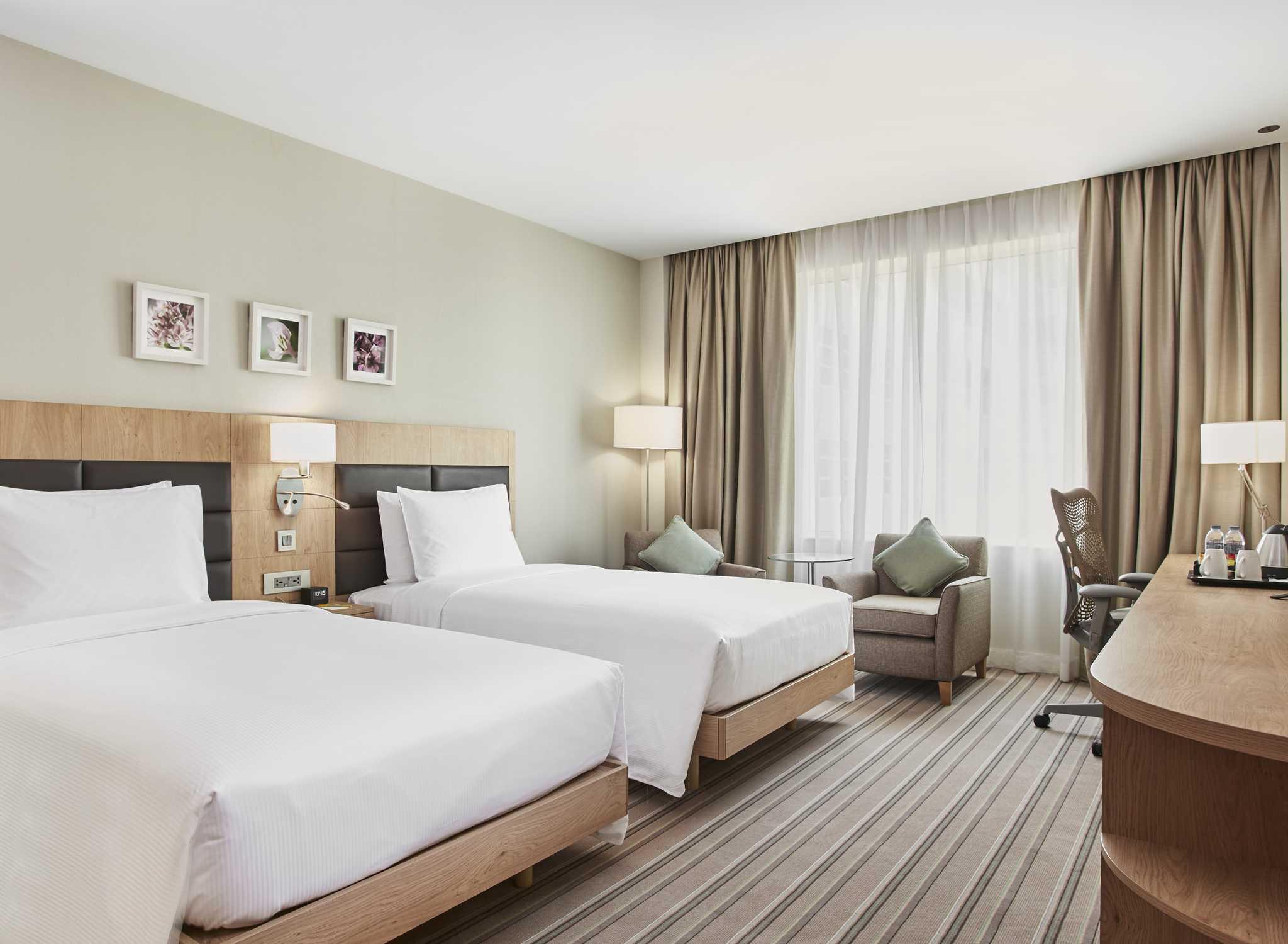 Dubai Hotels Hilton Garden Inn Dubai Mall Of The Emirates