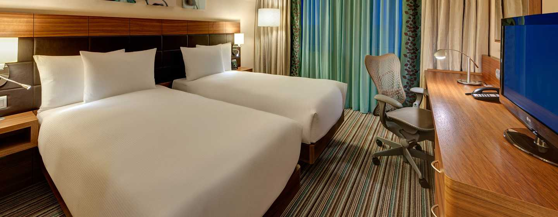 Hotel Hilton Garden Inn Frankfurt Airport, Alemania - Habitación con camas gemelas