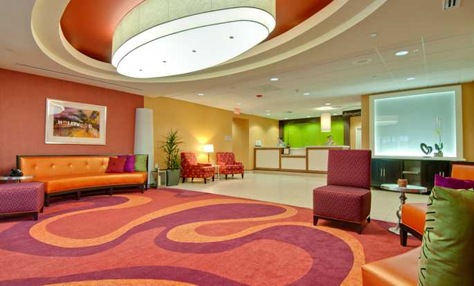 Hilton Garden Inn Los Angeles/Hollywood hotel - Lobby area