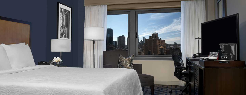 Hilton Garden Inn Times Square Hotel – Standard Zimmer mit King-Size-Bett