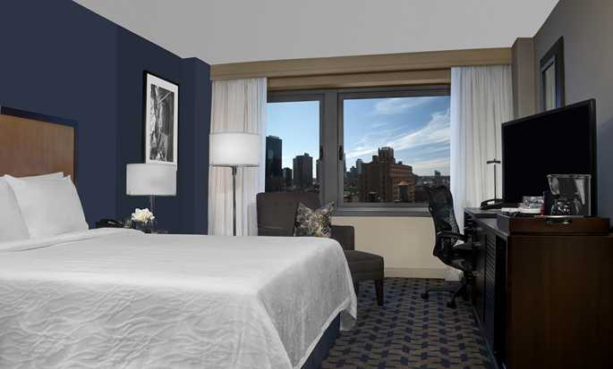 Hilton Garden Inn Times Square hotel - King Room