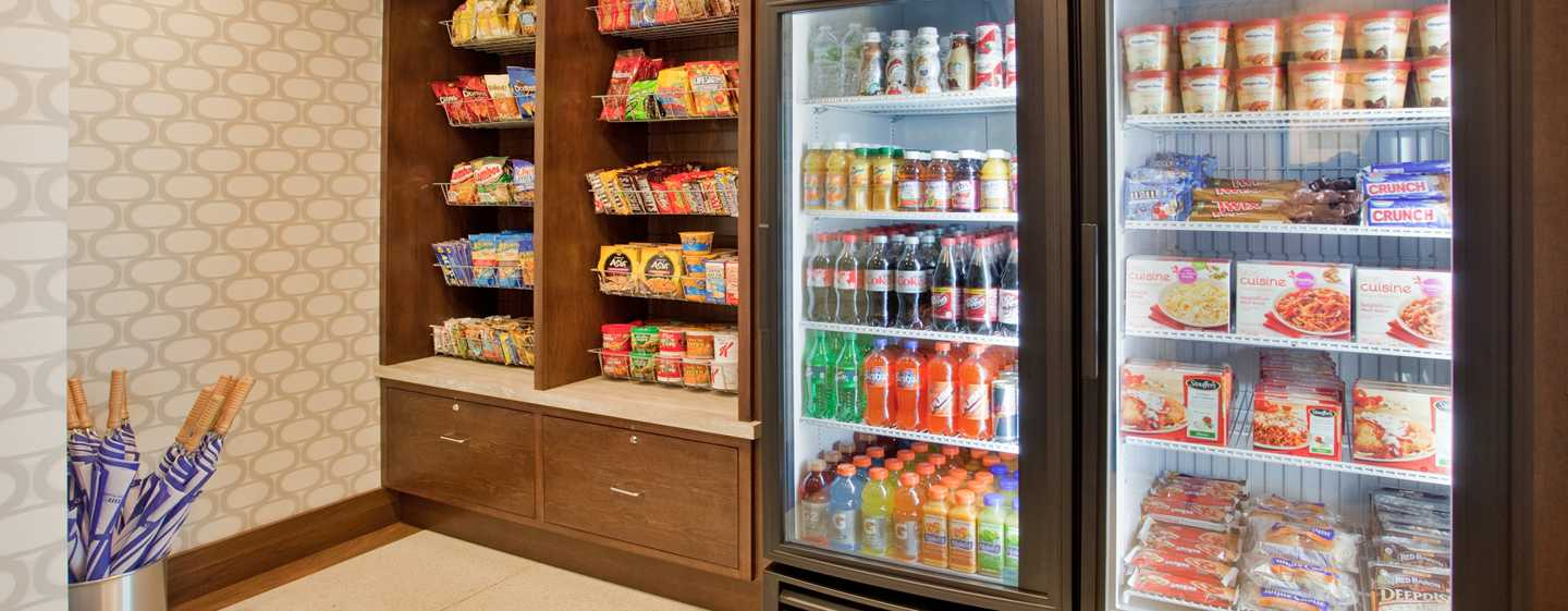 Hotel Hilton Garden Inn New York/Central Park South-Midtown West, Stati Uniti - Pavilion Pantry