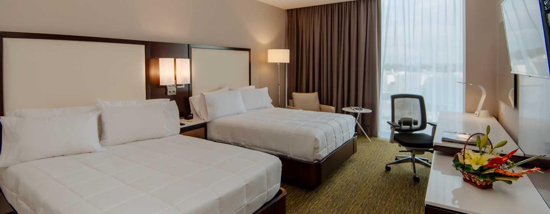 Hotel Hilton Garden Inn Puebla Angelópolis, México - Habitación con cama doble