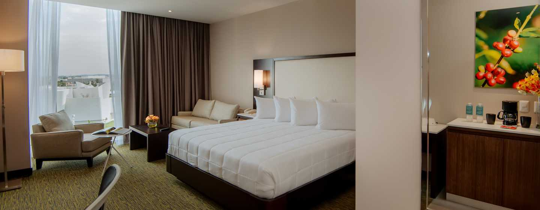 Hotel Hilton Garden Inn Puebla Angelópolis, México - Habitación con cama King