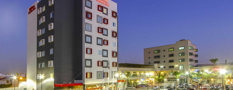 Hilton Garden Inn Querétaro, México - Fachada del hotel