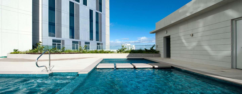 Hilton Garden Inn San Jose La Sabana, Costa Rica - Piscina al aire libre
