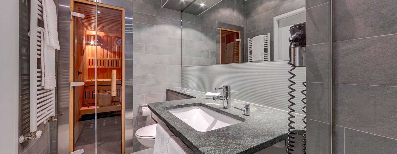 Hilton Garden Inn Stuttgart NeckarPark Hotel, Deutschland– Badezimmer Suiten mit privater Sauna