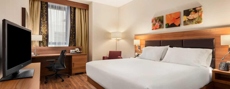 Hotel Hilton Garden Inn Sevilla, España - Habitación con cama King