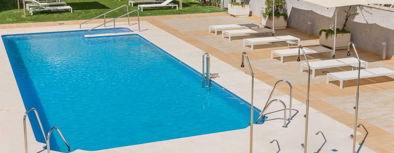 Hotel Hilton Garden Inn Sevilla, España - Piscina al aire libre