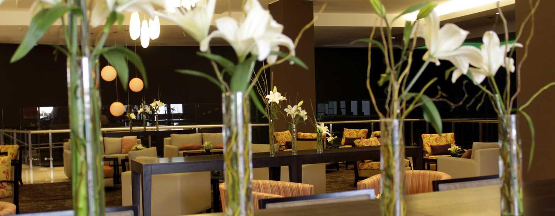 Hotel Hilton Garden Inn Tucuman, San Miguel, Argentina - Decoração com flores