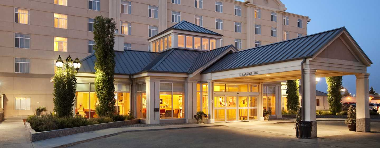 Hôtel Hilton Garden Inn West Edmonton, Alberta, Canada - Vue de l'extérieur, la nuit