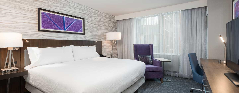 Hôtel Hilton Garden Inn Ottawa Downtown, Canada - Chambre avec un très grand lit