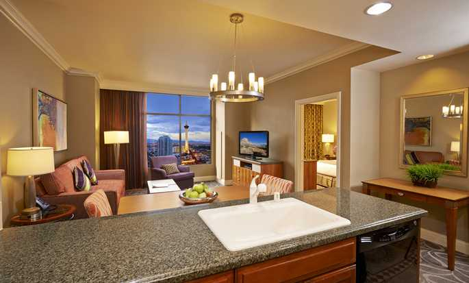 Hilton Grand Vacations on the Las Vegas Strip, Nevada - Comedor y sala de estar