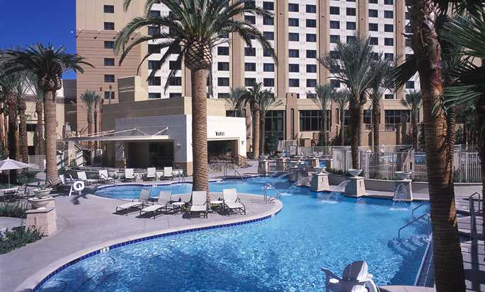 Hilton Grand Vacations on the Las Vegas Strip, Nevada - Piscinas, spas y cascadas