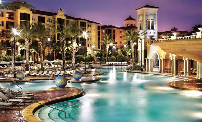 Hilton Grand Vacations at Tuscany Village hotel, Orlando - Pool at night