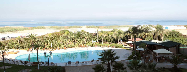 Hilton Algiers, Algerien – Außenpool und Meerblick