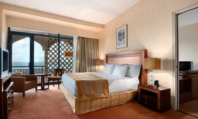 Hotel Hilton Alger, Algeria - Suite Junior con letto king size