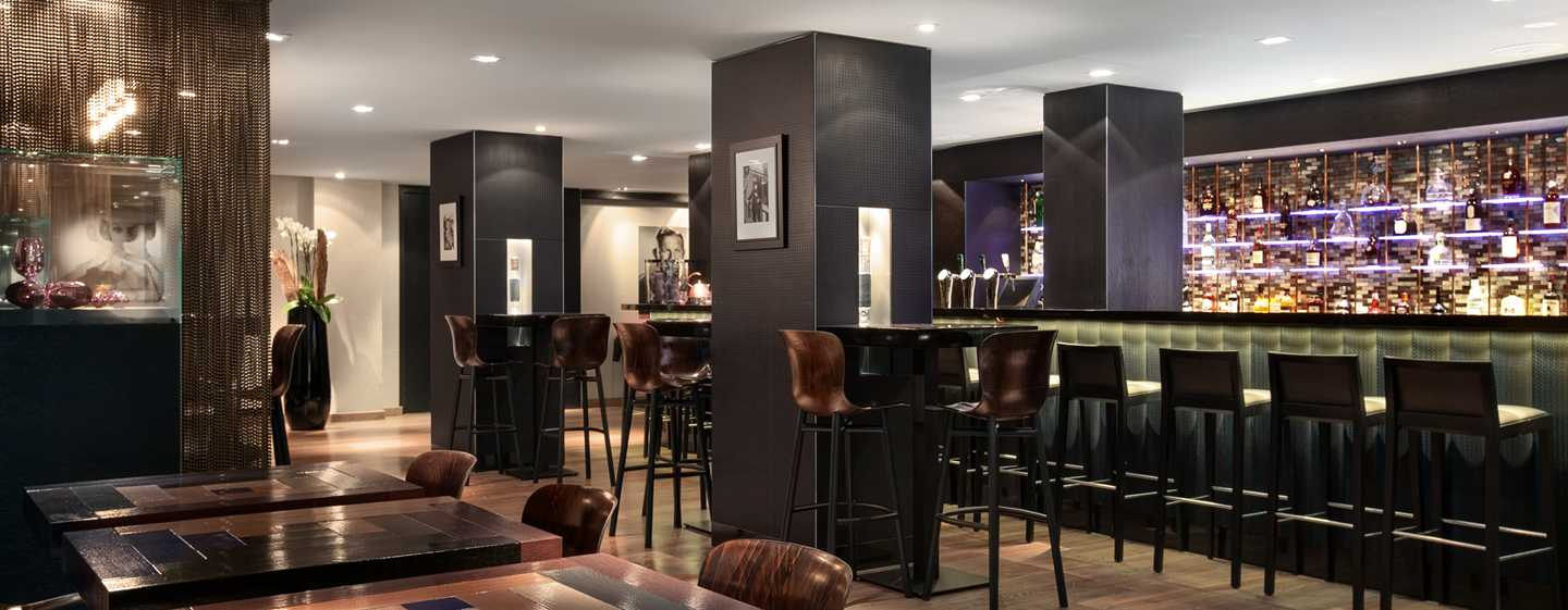 Hilton The Hague, Nederland - Bar Sparks