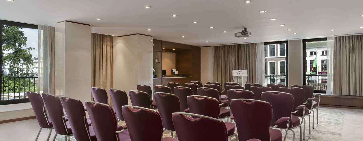 Hilton The Hague, Nederland - Vergaderzaal Blue
