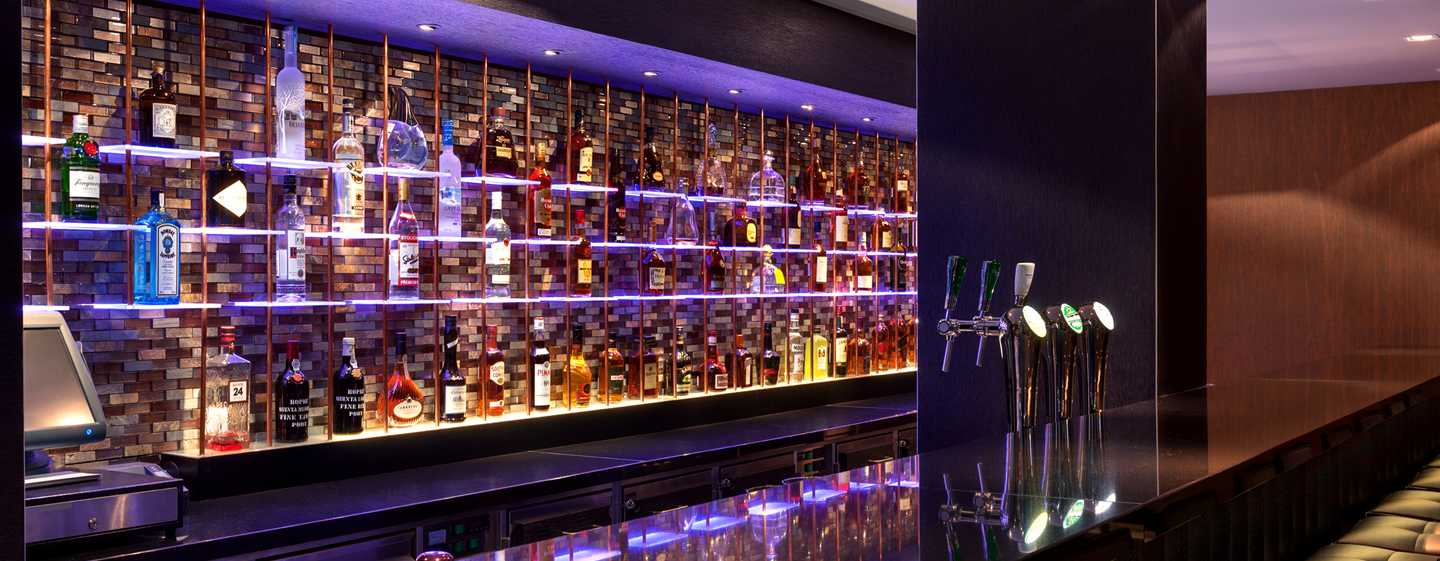 Hilton The Hague, Nederland - Bar Spark