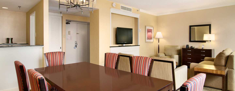 Hilton Atlanta Hotel, Georgia, USA. – Essbereich einer Suite