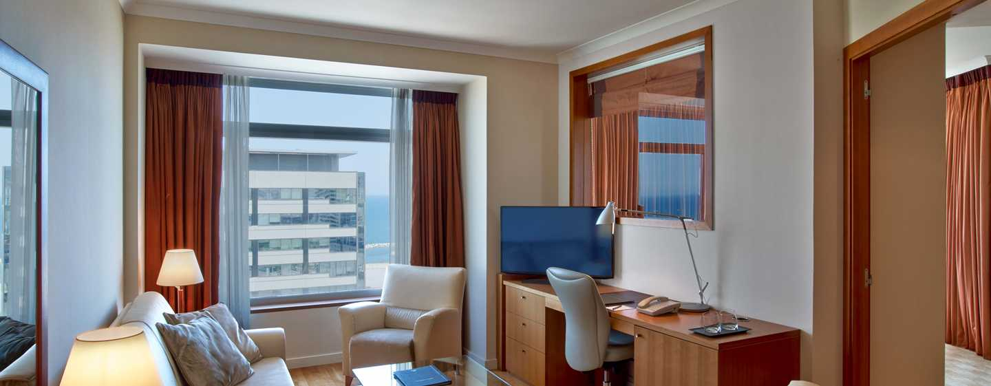 Hotel Hilton Diagonal Mar Barcelona, España - Suite Junior