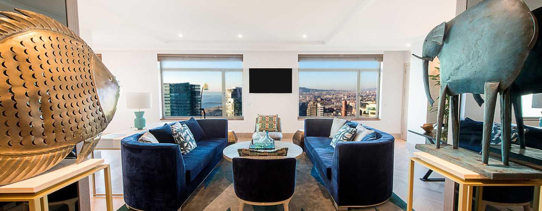 Hotel Hilton Diagonal Mar Barcelona, España - Sala de estar de la suite Presidential