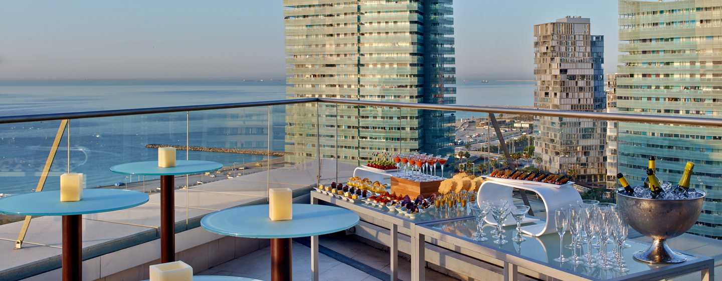 Hilton Diagonal Mar Barcelona Hotel, Spanje - Terras Executive verdieping
