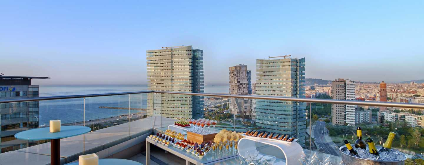 Hilton Diagonal Mar Barcelona Hotel, Spanien – Terrasse des Executive Floor
