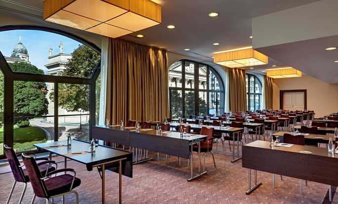 Hotel Hilton Berlin, Germania - Sala meeting