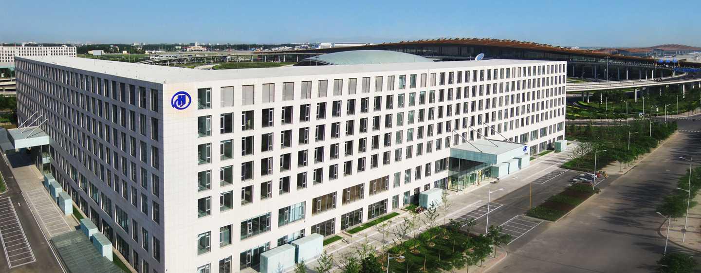 Hilton Beijing Capital Airport, China – Außenbereich des Hotels