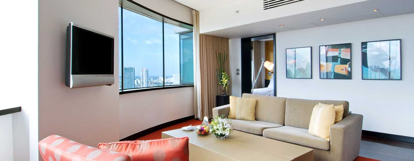 Millennium Hilton Bangkok, Thailand - Twin Executive Plus Suite