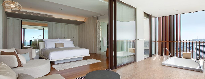 โรงแรมฮิลตัน พัทยา ประเทศไทย - ห้องแกรนด์โอเชียนสวีท