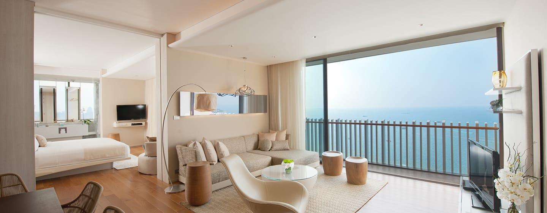 Hilton Pattaya Hotel, Thailand– Grand Suite mit Kingsize-Bett und Meerblick