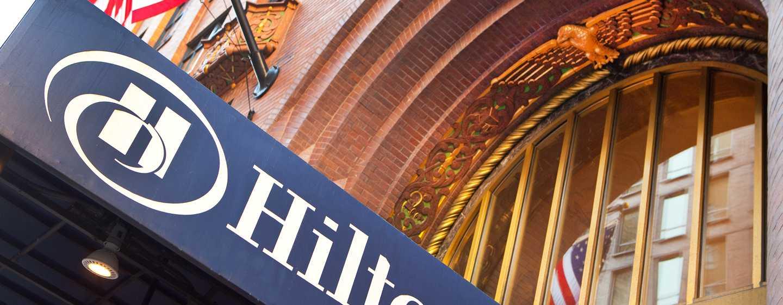 Hôtel Hilton Boston Downtown/Faneuil Hall, Massachusetts - Auvent extérieur