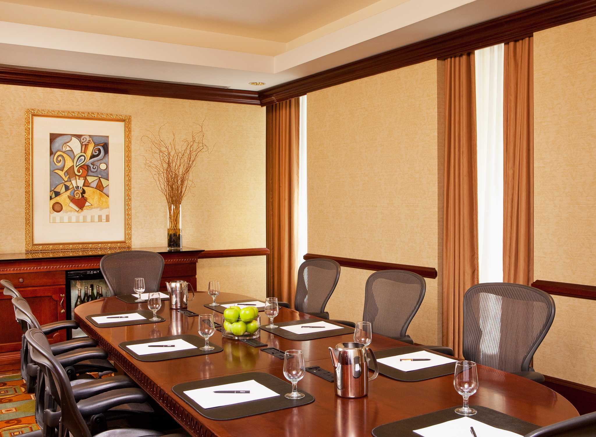 boston business downtown facility meeting Regus offer serviced office space, virtual offices, co-working spaces, and meeting rooms in centers across the world get a quote.
