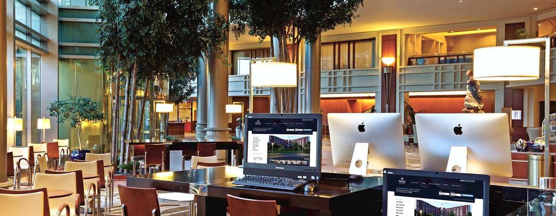 Hilton Boston Logan Airport Hotel, USA– Connectivity Stations