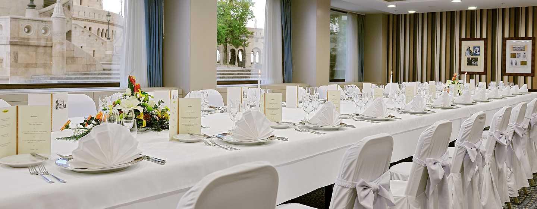 Hotel Hilton Budapest, Maďarsko – Restaurace ICON – Výhled naparlament