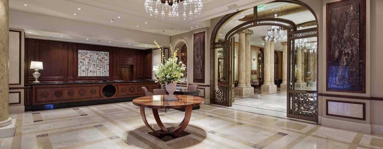 Hotelul Athénée Palace Hilton București, România - Hol hotel & recepție