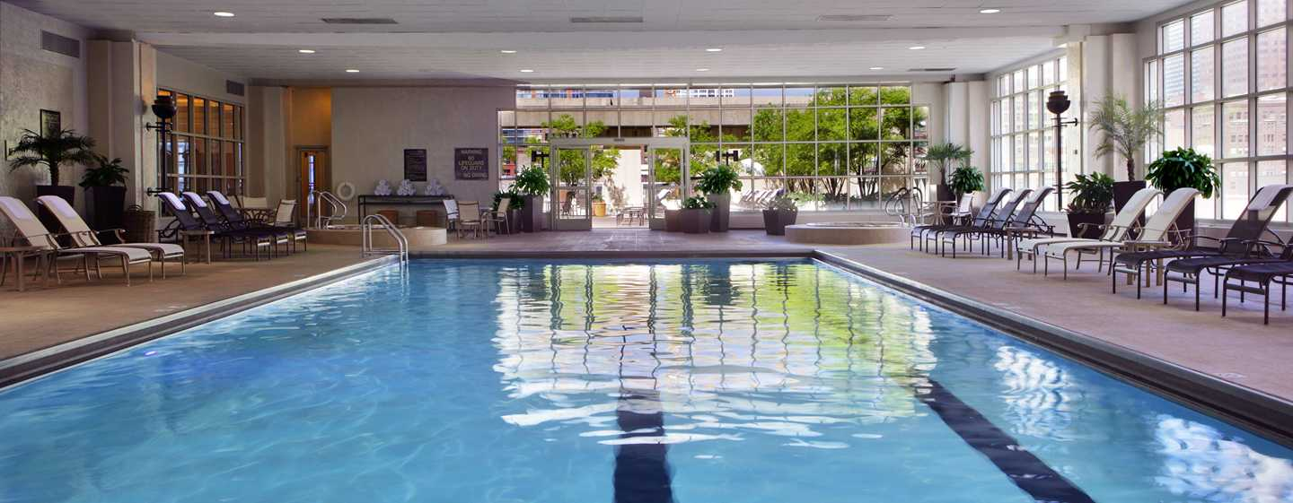 H tel hilton du centre ville de chicago sur michigan avenue for Spa getaways near chicago
