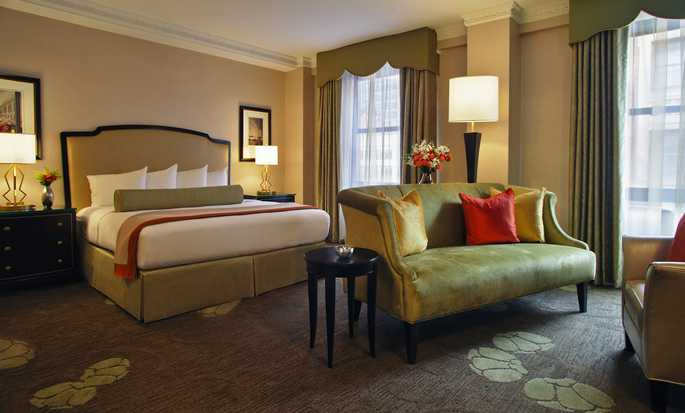 Palmer House® A Hilton Hotel, Chicago IL - Executive Room