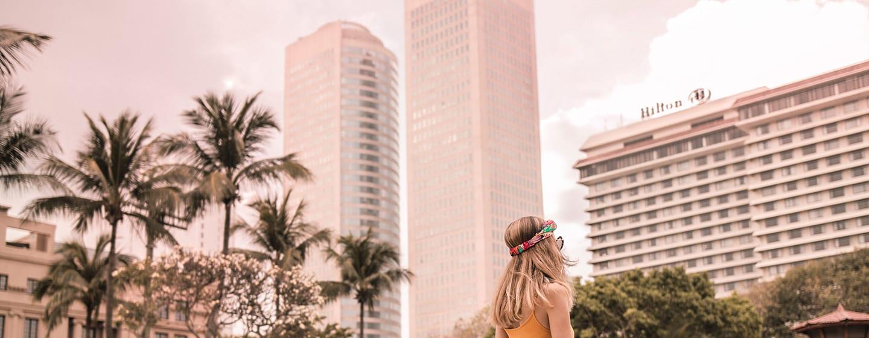 โรงแรม Hilton Colombo ศรีลังกา - ริมสระ