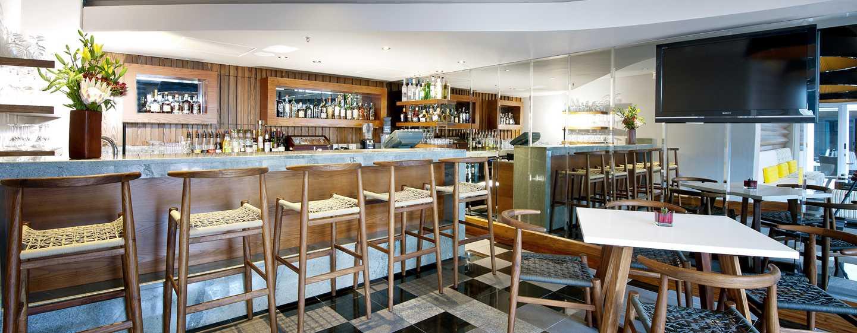 Hilton Cape Town City Centre– Signal Hill Lounge & Terrace Bar