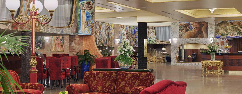 Hilton Giardini Naxos, Italien– Lobby