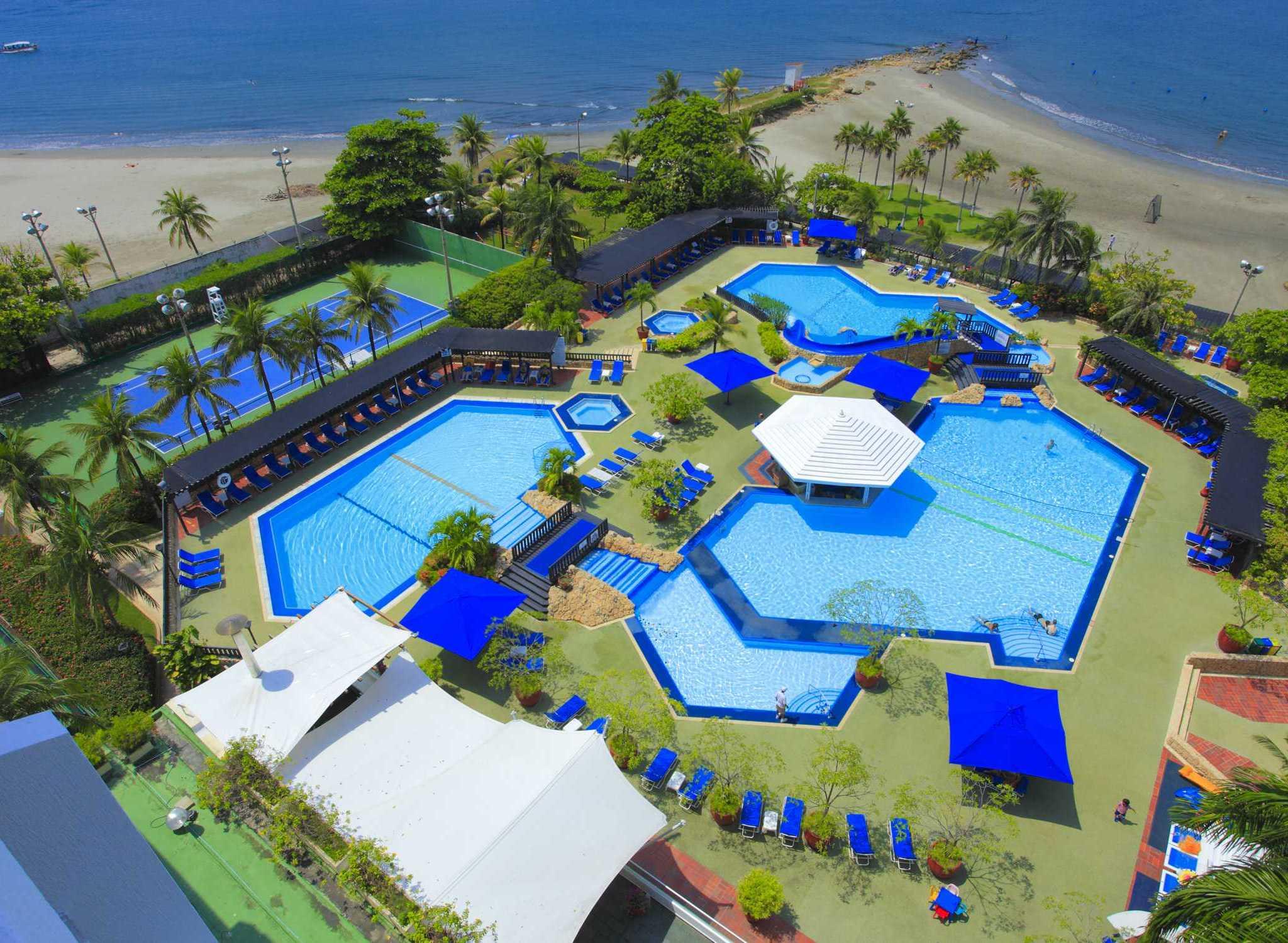Hoteles en colombia cartagena cali barranquilla hilton for Cerramiento para piscinas colombia