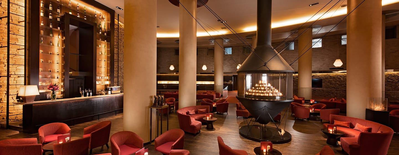โรงแรม Hilton Niseko Village ญี่ปุ่น - บาร์แอนด์เลานจ์ The Flame