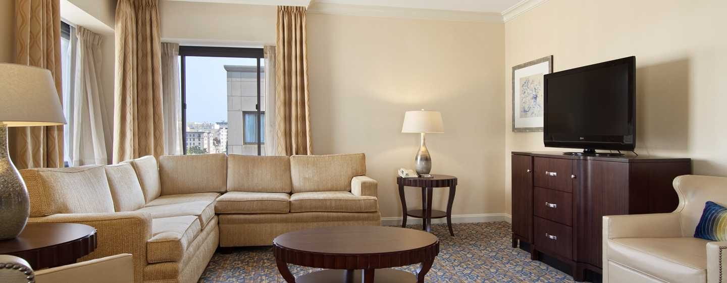 Capital Hilton Hotel, Washington D.C., USA – Barron Hilton Suite